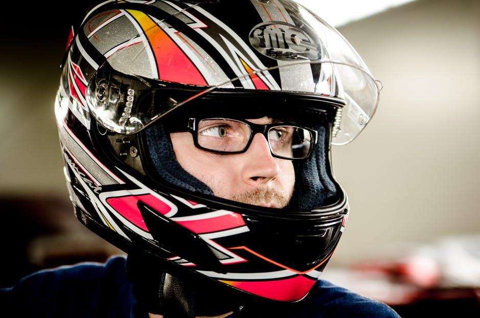 casque-moto-lunettes